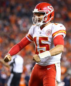 Patrick Mahomes leads game-winning drive as Kansas City Chiefs survive vs. Denver  Broncos cf8342de9