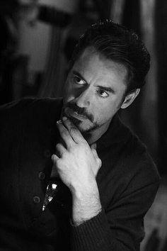 | 𝐃𝐞 𝐓𝐨𝐝𝐨 𝐔𝐧 𝐏𝐨𝐜𝐨 | •Robert Downey Jr.• - Imagenes #3