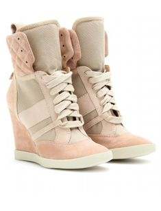 Ok, I mostly abhor this trend, but for some reason, adore these Chloe ones