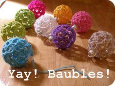 Chunkylicious ♥ Kawaii crafts ♥: DIY: crochet cute christmas baubles