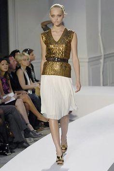Oscar de la Renta Spring 2008 Ready-to-Wear Fashion Show - Sasha Pivovarova