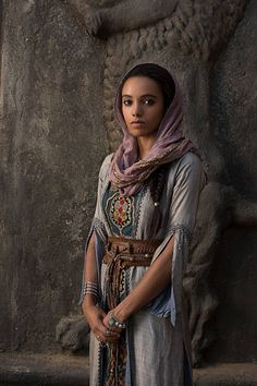 This is Maisie Richardson-Sellers. She's in cw shows. Female Character Inspiration, Fantasy Inspiration, Story Inspiration, Roman Fantasy, Pretty People, Beautiful People, Maisie Richardson Sellers, Larp, Female Characters