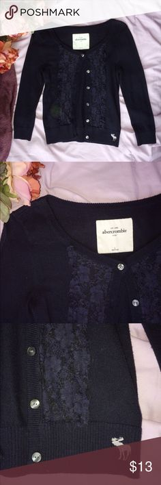 Abercrombie sweater Perfect for your little one!! In perfect condition abercrombie kids Sweaters Cardigans