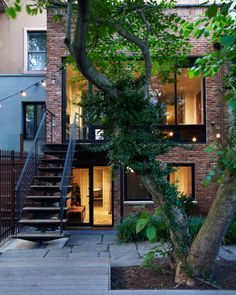 With the help of architects from the Agencie Group, Helen Dealtry and Dan Barry created a home that is suited for a contemporary lifestyle but respects the history of their Williamsburg, Brooklyn row house. Exterior Design, Interior And Exterior, Architecture Design, Jardin Decor, Backyard Renovations, House Renovations, Old Houses, Future House, Beautiful Homes