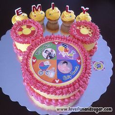 Torta: Mi 1er Añito EMILY VALENTINA. Love, Fun and Sugar. #cupcake #ponquecito #torta #tortas #cumpleaños #birthday #felizcumpleaños #happybirthday #lovefunandsugar #yummy #ñomi #dessert  #dulces #postres #bake #baking #cook #cooking #cake #cakes #pastries #pasteleria #patisserie #cocina #sugar #sweet #delicious Link-> http://www.lovefunandsugar.com/2015/10/torta-mi-1er-anito-emily-valentina.html