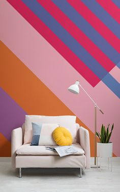 Make a statement with your interior style with this vibrant pink and orange bold stripes wallpaper. Painting Horizontal Stripes, Paint Stripes, Bold Stripes, Stripes Design, Geometric Stripe Wallpaper, Bright Wallpaper, Geometric Wall, Wall Paint Patterns, Painting Patterns