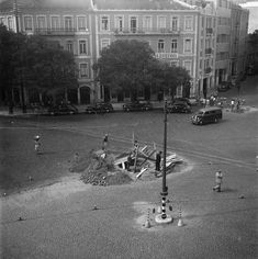 Lisboa de Antigamente: Largo de Dona Estefânia: a Fonte de Neptuno Trekking, Old Photos, Street View, 1, History, Places, Humor, Country, Statue Of