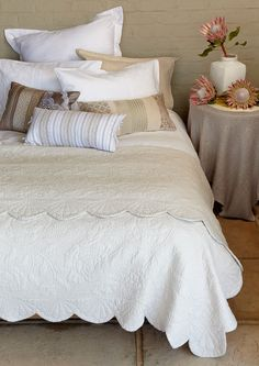 The Sharol cotton coverlet is a quilted design with a beautiful scalloped edge. The cotton coverlet is a ideal replacement for a duvet in summer whilst it covers your bed in style. Linen Bedding, Duvet, Room Interior, Interior Design, King Beds, Luxurious Bedrooms, Table Linens, Soft Furnishings, Bed Pillows