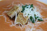 Super delicious and easy tomato soup