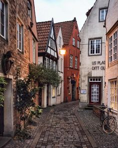Historic alleys of Bremen, Germany. - Reisen - THE Travellers Wanderlust Travel, Oh The Places You'll Go, Places To Travel, Places To Visit, Hidden Places, Adventure Awaits, Adventure Travel, Adventure Quotes, Beautiful World