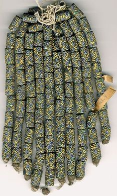 An original, tagged, hank of Venetian glass millefiori beads African Trade Beads, African Jewelry, Tribal Jewelry, Beaded Jewelry, Lampwork Beads, African Fashion, Jewelry Crafts, Glass Beads, Beading