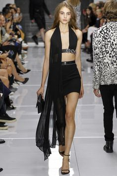 Versus Versace Spring 2016 Ready-to-Wear Collection - Vogue