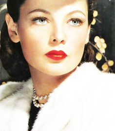 Beautiful Gene Tierney, with her famous  'over bite'.