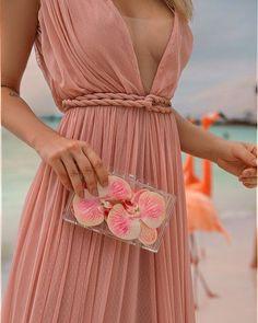 Pretty Pink Chiffon Halter & Spaghetti Strap V-Neck Long Bridesmaid Dresses, Dream Dress, I Dress, Party Dress, Bridesmaid Dresses, Prom Dresses, Summer Dresses, Formal Dresses, Infinity Dress Bridesmaid, Beautiful Gowns