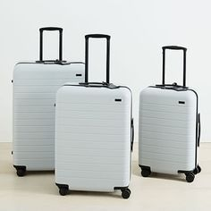 Away Luggage:Bigger C/O Medium/Large - Away Suitcase, Set of Platinum (The Bigger Carry-On, The Medium, The Large) - Luggage Sets Cute, Best Carry On Luggage, Travel Luggage, Travel Bags, Luggage Trolley, Trolley Bags, Travel Trip, Hard Suitcase, Suitcase Set