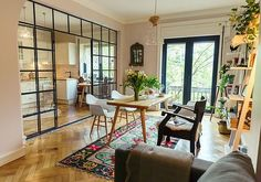 """Home tour: vintage com """"q"""" eslavo Style At Home, Sweet Home Alabama, Cuisines Design, Design Case, Apartment Living, Home Fashion, Home And Living, Home Kitchens, Ideal Home"""