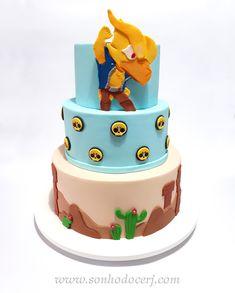 "Bolo decorado no tema ""Brawl Stars""! Fondant Cakes, Cupcake Cakes, Rodjendanske Torte, Star Cakes, Star Party, Diy Cake, Cake Tutorial, Cake Art, Party Cakes"
