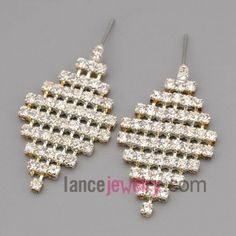 Trendy earrings with claw chain decorate many rhinestone with quadrangle model