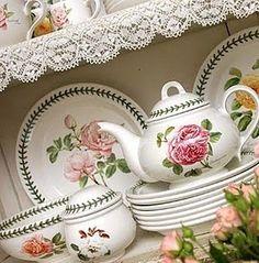 Risultato della ricerca immagini di Google per http://3.bp.blogspot.com/_5wE0gA6-u2g/S-OB_t_Dk4I/AAAAAAAAAI0/nPDxw_BHMLo/s320/botanic+roses.jpg