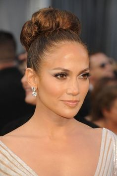 10 Superbe Jennifer Lopez Maquillage Looks to Steal