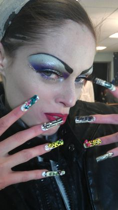 Behind the Scenes Vogue Italy Shoot with Nail Stylist Lisa Logan applying Money Minx  #fashion #style #nail #art #beauty #trend