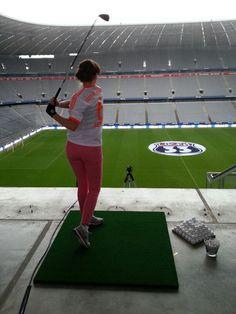 Golfen in der Allianz Arena