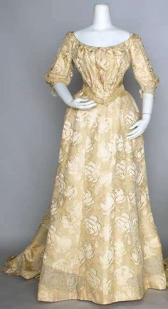 Edwardian dress  1890-1919             Augusta Auctions