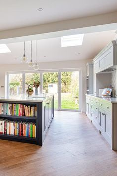 See our bespoke kitchen and utility project in Ashtead Kitchen Diner Extension, Open Plan Kitchen Diner, Island Kitchen, Kitchen Small, Cottage Kitchens, Home Kitchens, Howdens Kitchens, Küchen Design, House Design