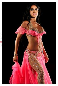 Create a costume using my black/gold leggings! Belly Dancer Costumes, Belly Dancers, Dance Costumes, Belly Dance Outfit, Tribal Belly Dance, Tribal Fusion, Burlesque, Dance Pants, Pin Up
