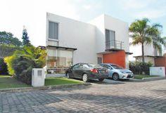 LOMAS DE LA SELVA $2'950,000.00 Oficina:(777)316 47 28 www.roquebienesraices.com Cuernavaca Morelos