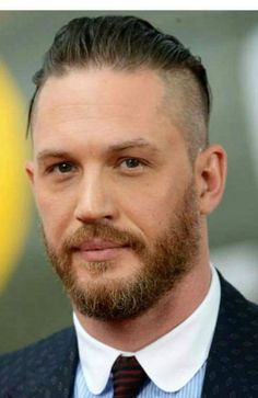 """tomhardyvariations: """"Tom Hardy at the 'Dunkirk' World Premiere at Odeon Leicester Square on July 2017 in London, England """" Tom Hardy Actor, Tom Hardy Beard, Dunkirk Premiere, Tom Hardy Photos, Good Looking Men, Bearded Men, Gorgeous Men, Beautiful People, Sexy Men"""
