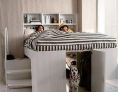 lit-élevé-deux-personnes-grand-armoire-moderne