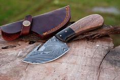 Overall Length: inches Approx Blade Length: inches Approx Blade Handle: inches approx Blade Patterns: Twisted Guard: Buffalo horn Sheath Included Damascus Sword, Damascus Ring, Damascus Steel, Cleaver Knife, Skinning Knife, Dagger Knife, Knife Handles, Tactical Knives, Knives And Swords