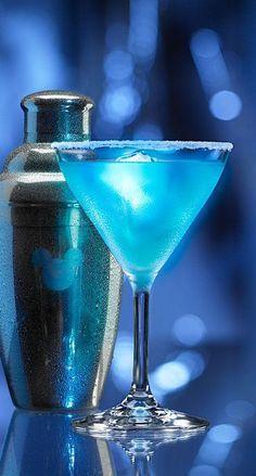 Disney's Classic Cocktail: The Blue Glow-tini