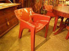 Artemide Stühle bei HIOB Bern-Breitenrain http://hiob.ch/schnaeppchen/artemide-stuehle #Schnäppchen #Trouvaille