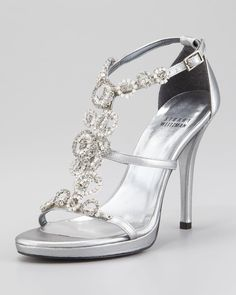 Stuart Weitzman Wedding Silver Sandal High Heel Brillag Wedding Shoes. Stuart Weitzman Wedding Silver Sandal High Heel Brillag Wedding Shoes on Tradesy Weddings (formerly Recycled Bride), the world's largest wedding marketplace. Price $99.00...Could You Get it For Less? Click Now to Find Out!