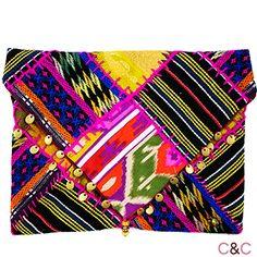 Bolso de tela y lana customizado con abalorios. Tonos fucsia-rosa - Unico e Irrepetible