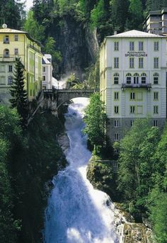 This waterfall is located in the City Center of Bad Gastein, Salzburg Austria Visit Austria, Austria Travel, Austria Food, Great Places, Places To See, Beautiful Places, Amazing Places, Dachstein Austria, Places Around The World