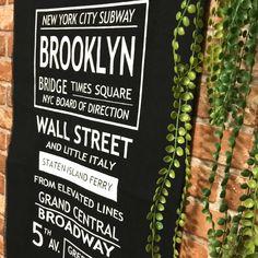k55さんの、subway,NY,SUBWAYサイン,赤レンガ壁紙,ニューヨーク,Sign,サインロール,布,バスロールサイン,サイン,れんが壁紙,男前,レンガ壁紙,ハンドメイド,グリーンとの相性,雑貨,ステンシル,インテリア,Brooklyn,ブルックリン,壁/天井,のお部屋写真