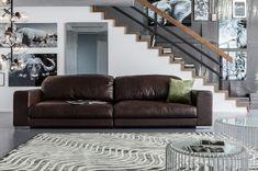 schicke Sitzmöbel für Wohnzimmer in Braun oder Grau