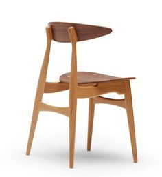Hans Wegner: Wegner CH33T Chair - All Wood - Danish Design Store