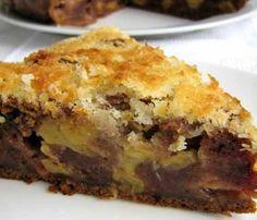 """Этот необычный пирог с финиками в интернете называют """"пирог (торт) дровосека"""" и родом рецепт из Австралии. Пирог очень влажный, необычный и очень вкусный. Финики придают пирогу шоколадный цвет и очен…"""