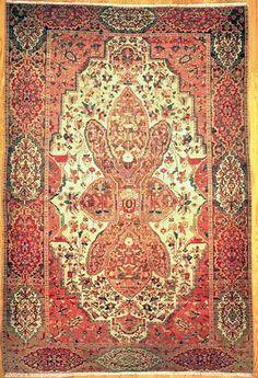 "Farahan Persian Rug - 4' 3"" x 6' 3""  - #farahan #sarab #searb #antiquecarpet #antiquecarpets #antiquerug #antiquerugs #carpets #handknotted #handknottedrug #handmade #iran #iranianrug #oldcarpet #orientalcarpet #orientalcarpets #orientalrug #orientalrugs #persiancarpet #persiancarpets #persianrug"