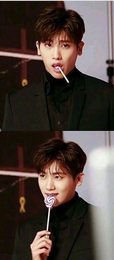 he's my eye candy man Park Hyung Sik Hwarang, Park Hyung Shik, Strong Girls, Strong Women, Asian Actors, Korean Actors, Ahn Min Hyuk, Saranghae, Do Bong Soon
