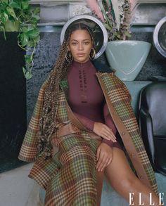 Beyonce discusses motherhood, IVY PARK, and business. Estilo Beyonce, Beyonce Style, Beyonce Music, Beyonce Coachella, Elle Magazine, Sarah Jessica Parker, Jessica Alba, Cover Shoot, Beyonce Braids
