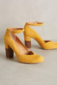Lien.Do Pajaro Heels - anthropologie.com #anthroregistry