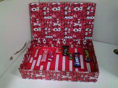 Carta de chocolates dentro de uma caixa
