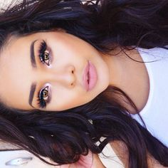 eyes: pink champagne & artist palette: dusty rose, baby I'm a star, buttery, and aubergine ✨ Makeup Goals, Makeup Tips, Beauty Makeup, Hair Makeup, Hair Beauty, Women's Beauty, Makeup Ideas, Blue Eyeshadow, Blue Eye Makeup