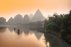 Last travel on Li River by Daniel Metz - Limited Edition Print  | Luxury Photograph | Luxify