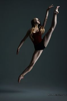 Breathtaking... Natascha Mair (Wiener Staatsballett), photo by Ronnie Boehm Photography